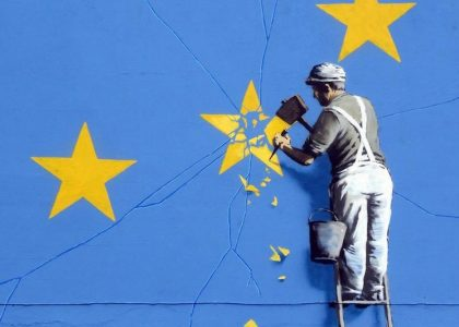 detalle mural Banksy sobre brexit en dover